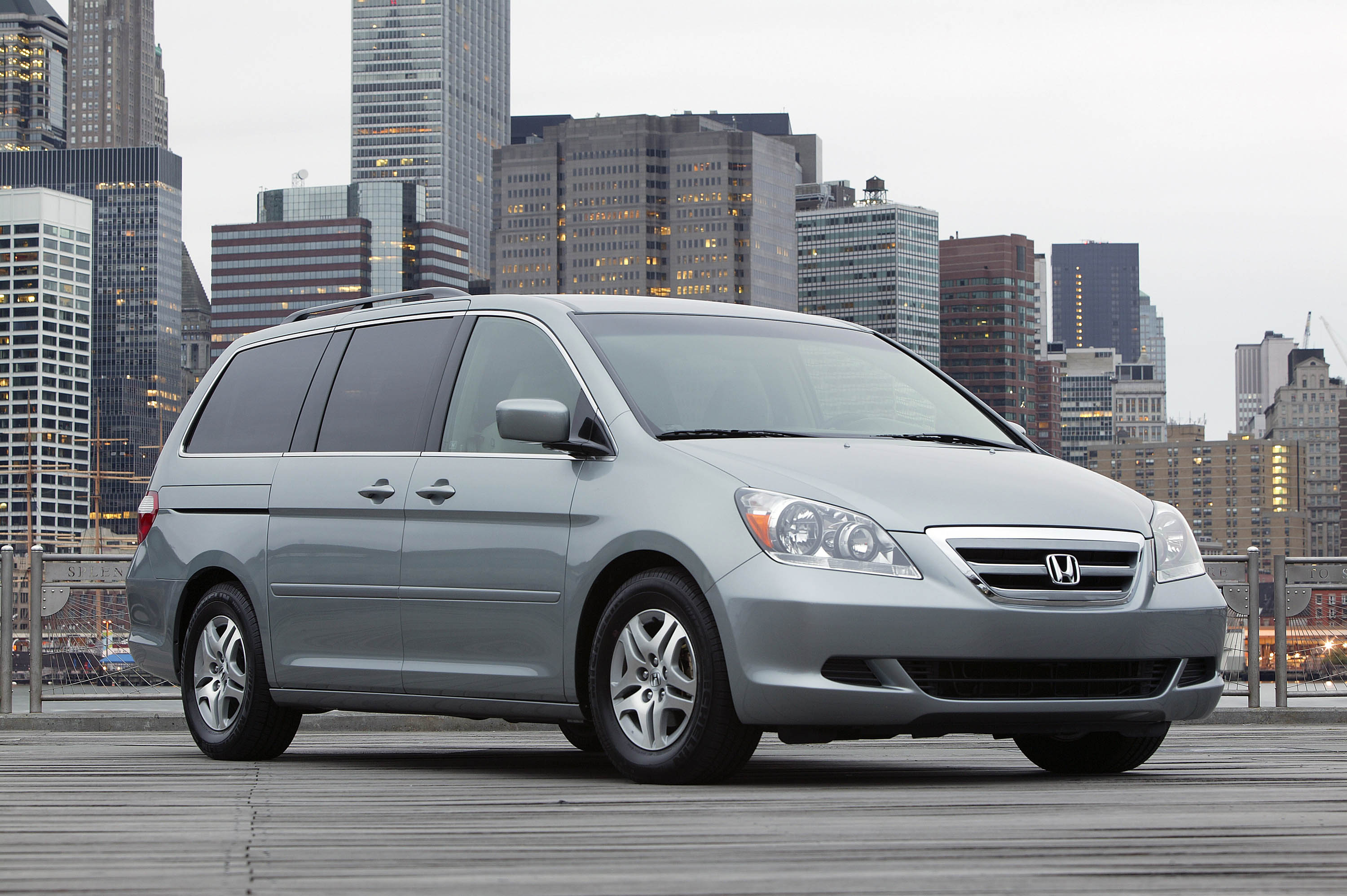 honda recalls odyssey acura rl because of shared supplier road reality. Black Bedroom Furniture Sets. Home Design Ideas